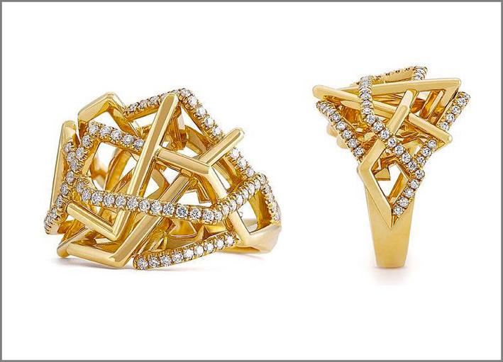 Anelli della collezione Disorient in oro e diamanti