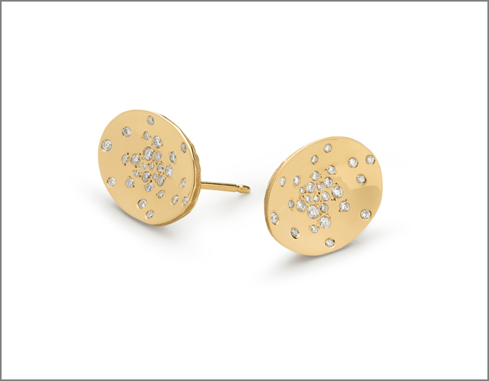 Medium earrings yellow gold and stars diamonds