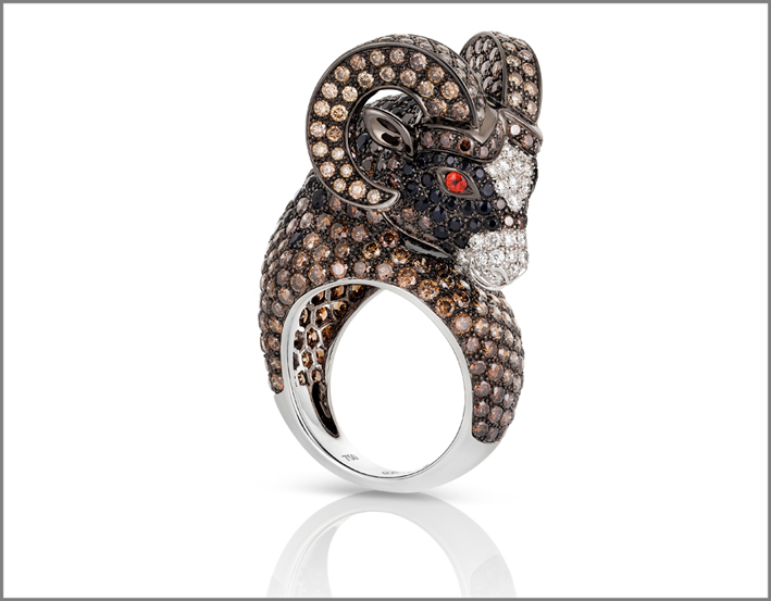 Aries, white and black gold ring with white and brown diamonds, black and orange sapphires and rubies