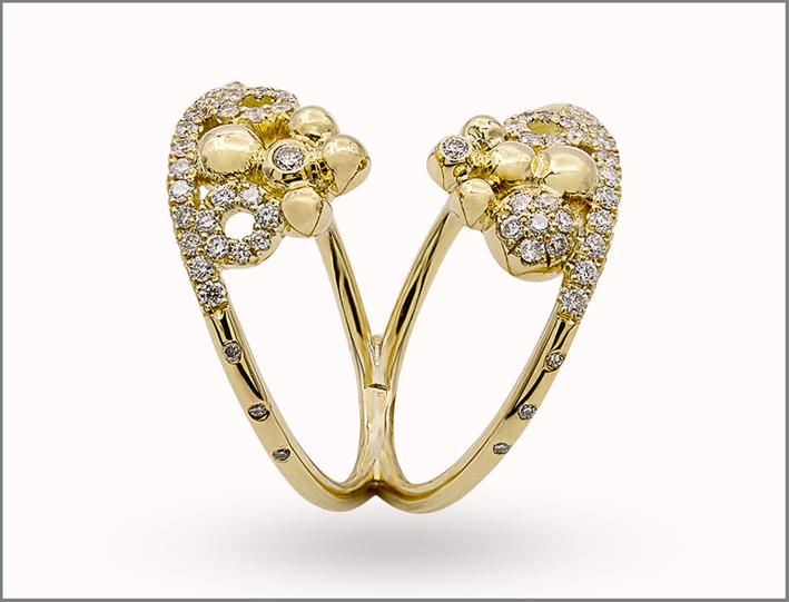 Anello della collezione Cocktail Party in oro giallo e diamanti