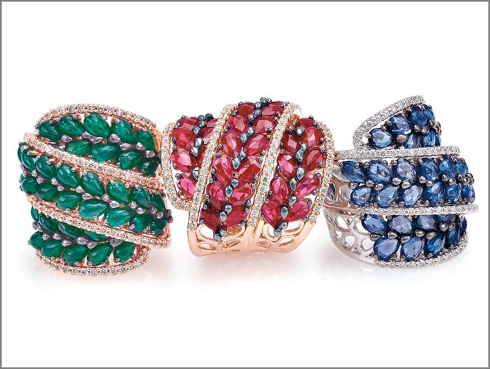 Anelli con smeraldi, rubini e zaffiri, collezione Bella