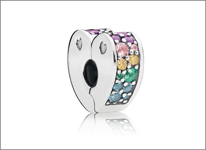 Charm della linea Rainbow Heart in argento e cristalli di Murano