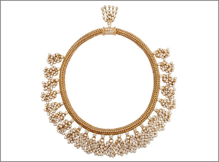 Collana in oro e diamanti  firmata René Boivin