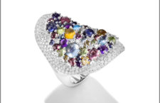 Mattioli, anello della collezione Candy con pavé di diamanti bianchi