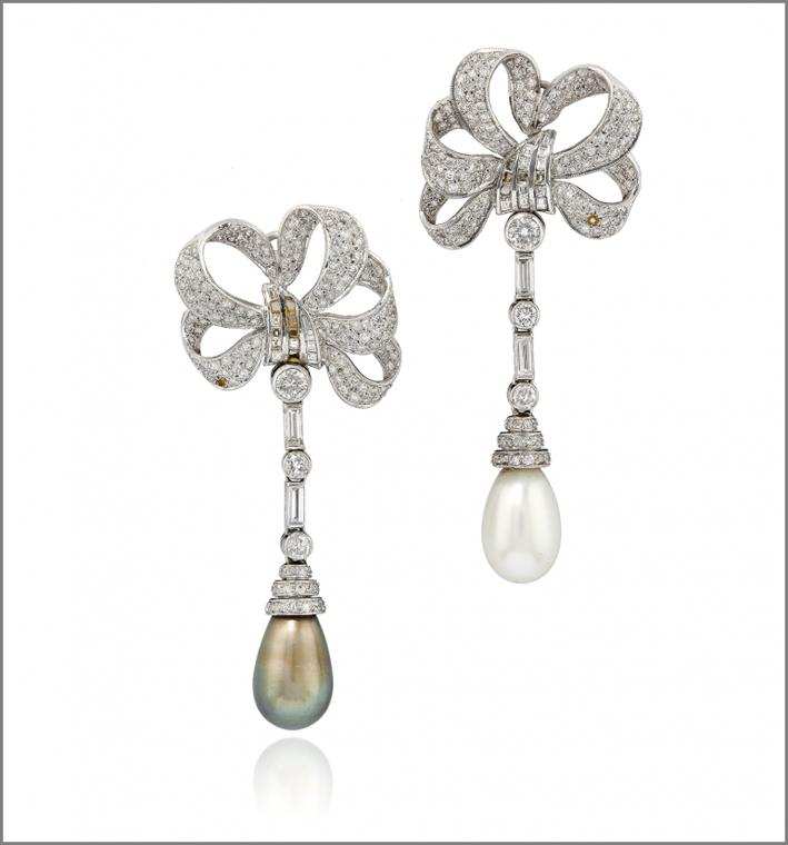 Orecchini in perle naturali e diamanti