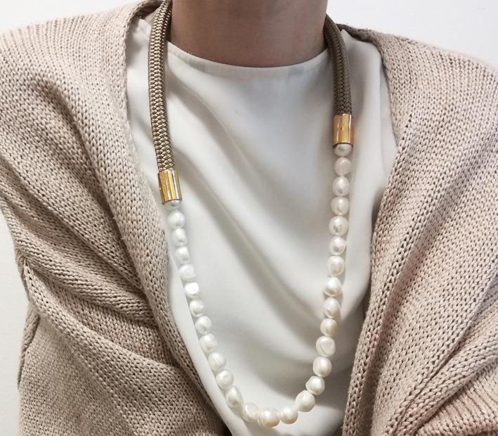 Collana con perle barocche