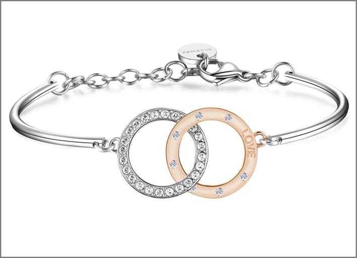 Collezione Romeo & Juliet, bracciale in acciaio con due cerchi intrecciati in acciaio e pvd oro rosa con incisione e cristalli Swarovski