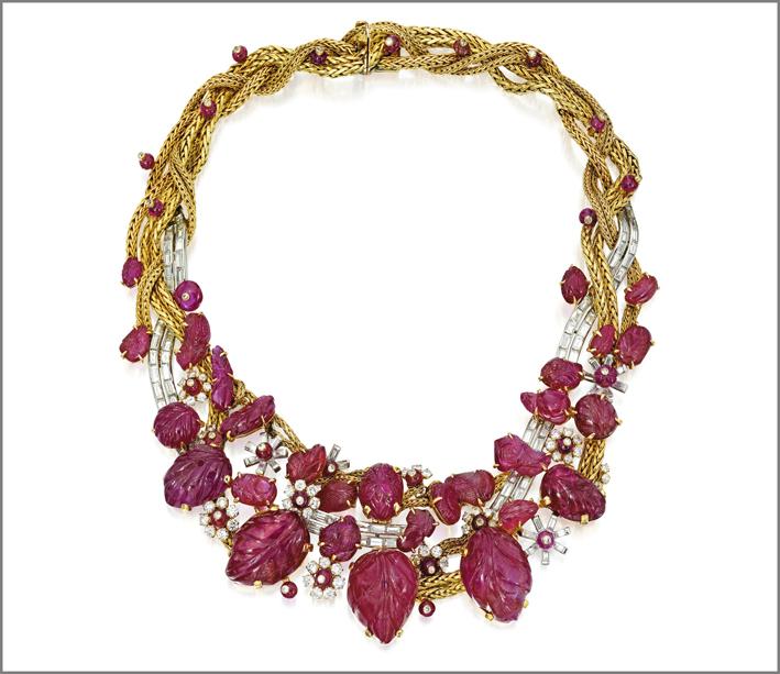 Collana con fili d'oro intrecciati e rubini di Marchak