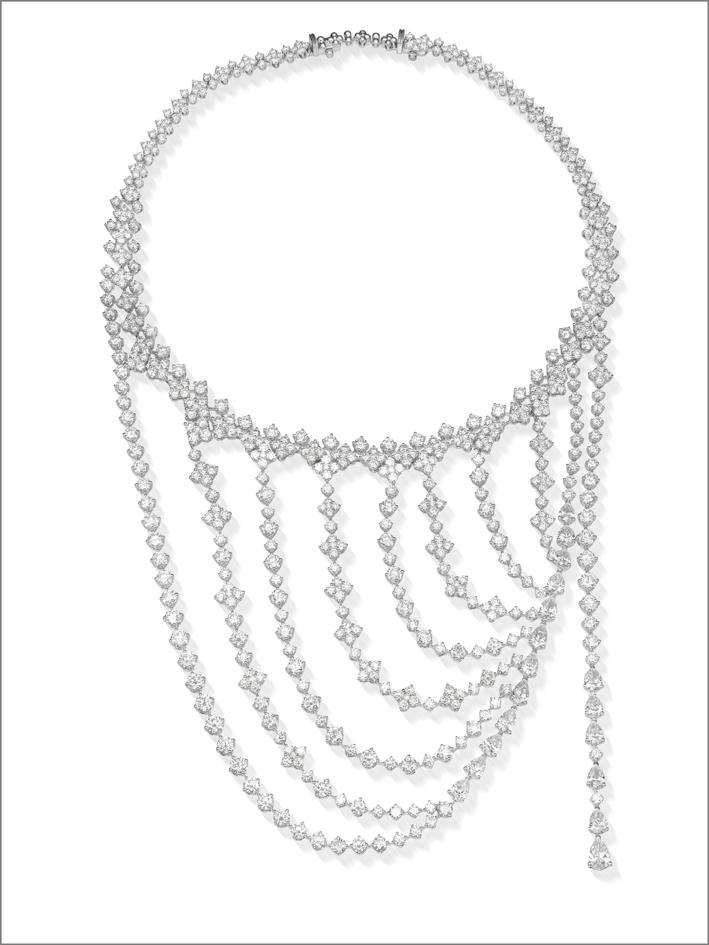 Collana girocollo in oro bianco e diamanti