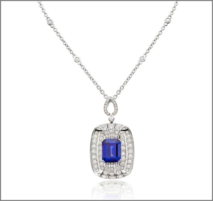 Octagonal tanzanite (13.90 ct) and diamond (5.42 ct) pendant set in white gold