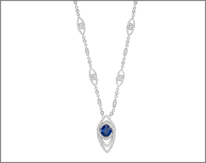 Cushion tanzanite (17.84 ct) and diamond (17.79 ct) pendant set in white gold