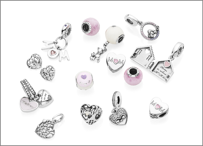 Charm Pandora in argento e cristallo rosa