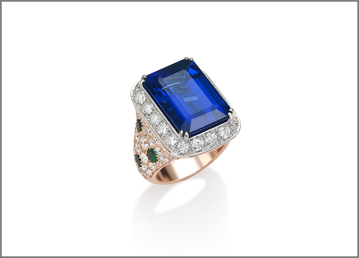 Octagonal tanzanite (17.38 ct) tsavorite (1.36 ct) and diamond (4.99 ct) ring set in white gold