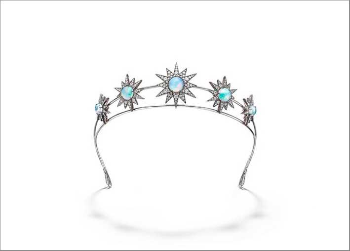 Diadema con diamanti e opali etiopi