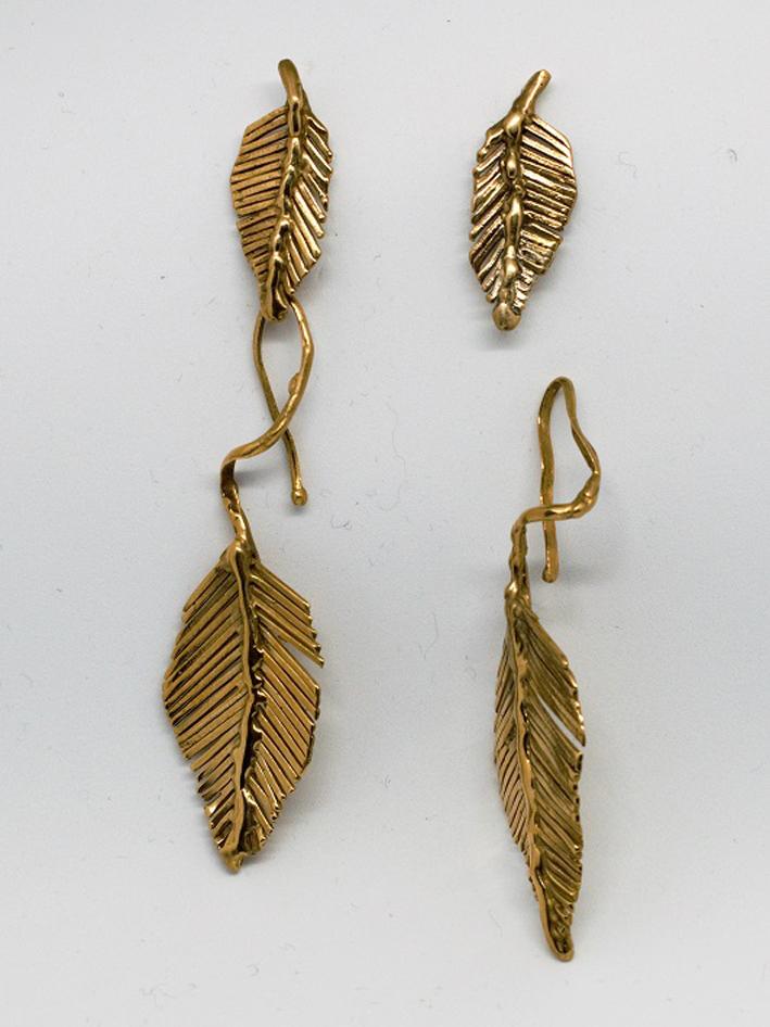 Monica Ungarelli, orecchini Daphne doppie foglie in bronzo