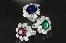 Anelli con diamanti taglio a pera e rubino, zaffiro e smeraldo