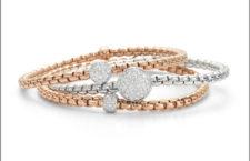 Bracciali in oro e pavé di diamanti