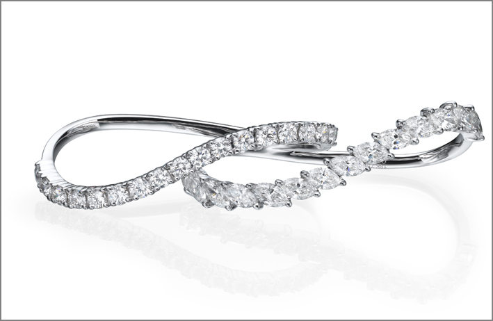 Earcuff in oro bianco e diamanti