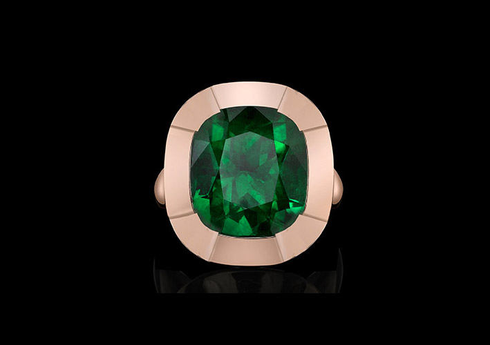 Anello in oro rosa con smeraldo taglio cushion della collezione Style of Jolie