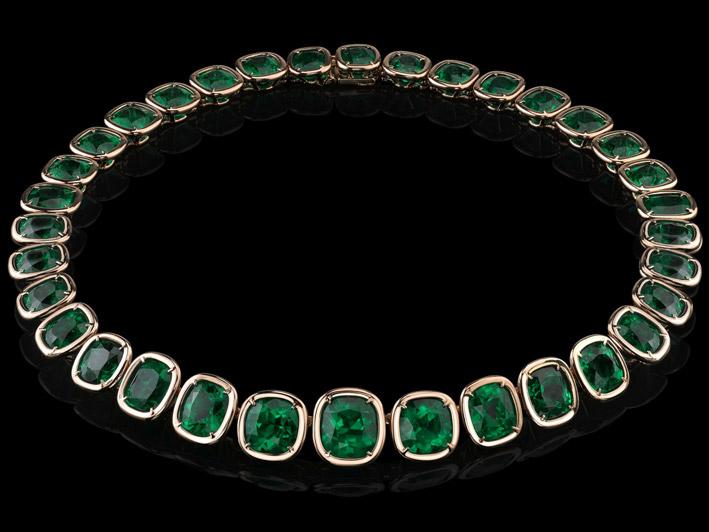 Collier in oro rosa con smeraldi della collezione Style of Jolie