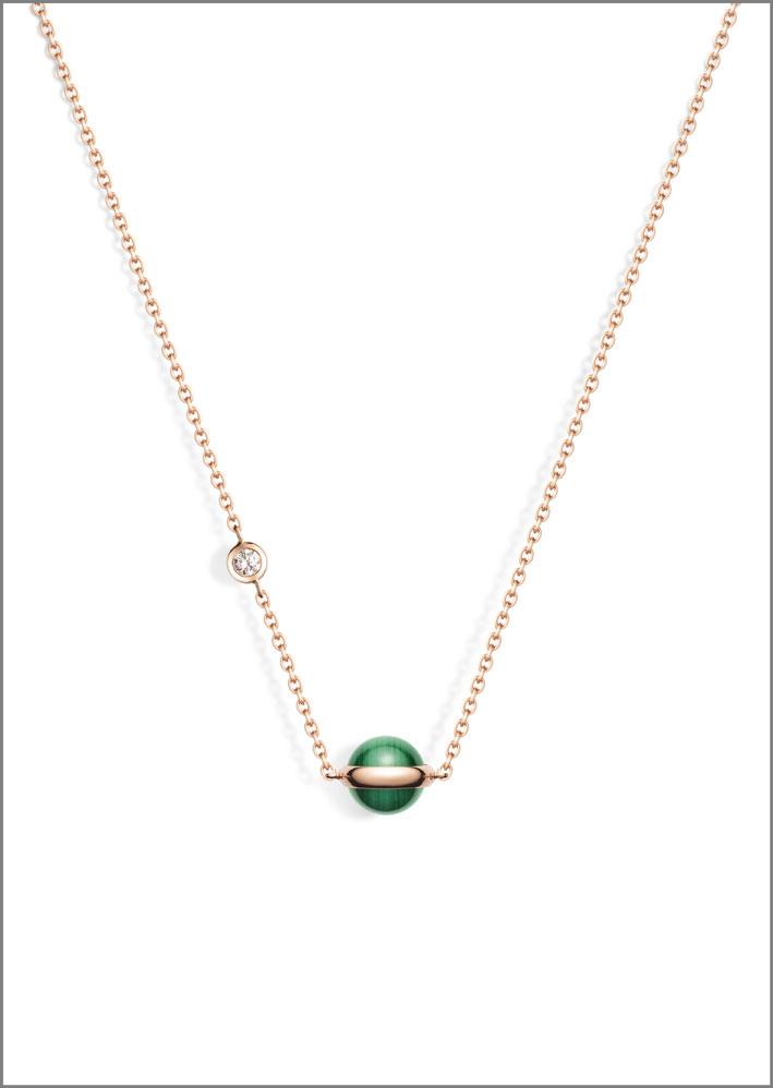 Ciondolo della collezione Possession con malachite, oro rosa 18 carati, con un diamante taglio brillante (circa 0,06 carati)