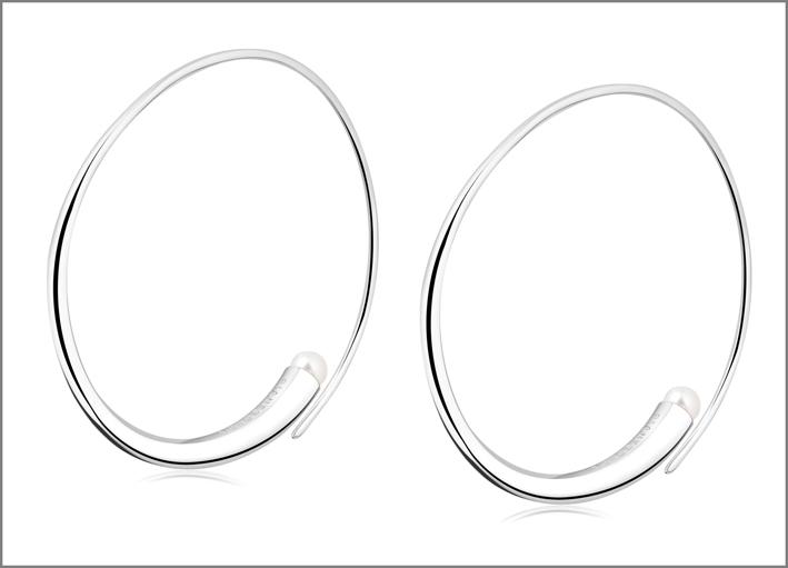 Orecchini in argento 925 con perle naturali. Prezzo: 154 euro