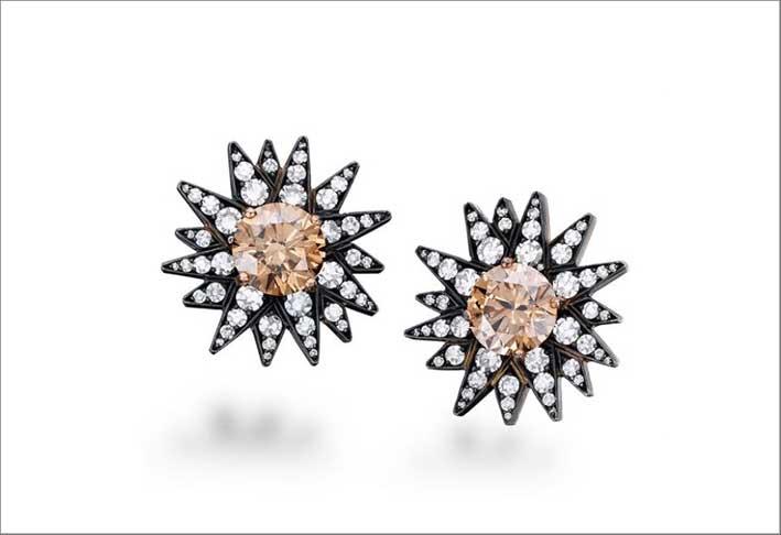 Orecchini con diamanti ambrati