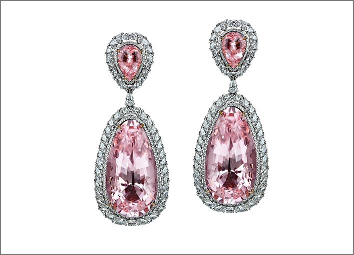Orecchini con morganite e diamanti