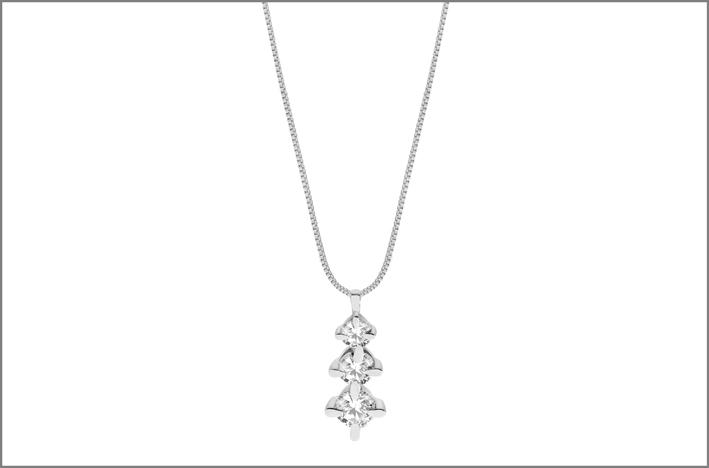 Pendente con tre diamanti