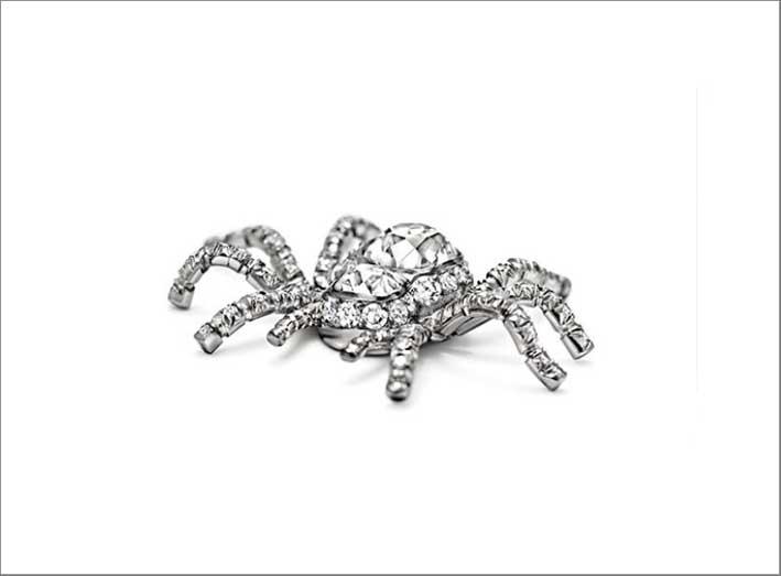 Spilla con diamanti a forma di ragno