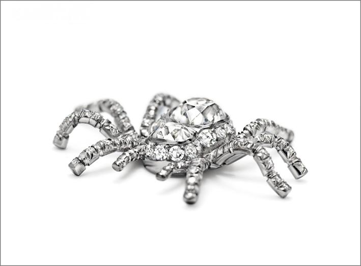 Ragno in oro bianco e diamanti