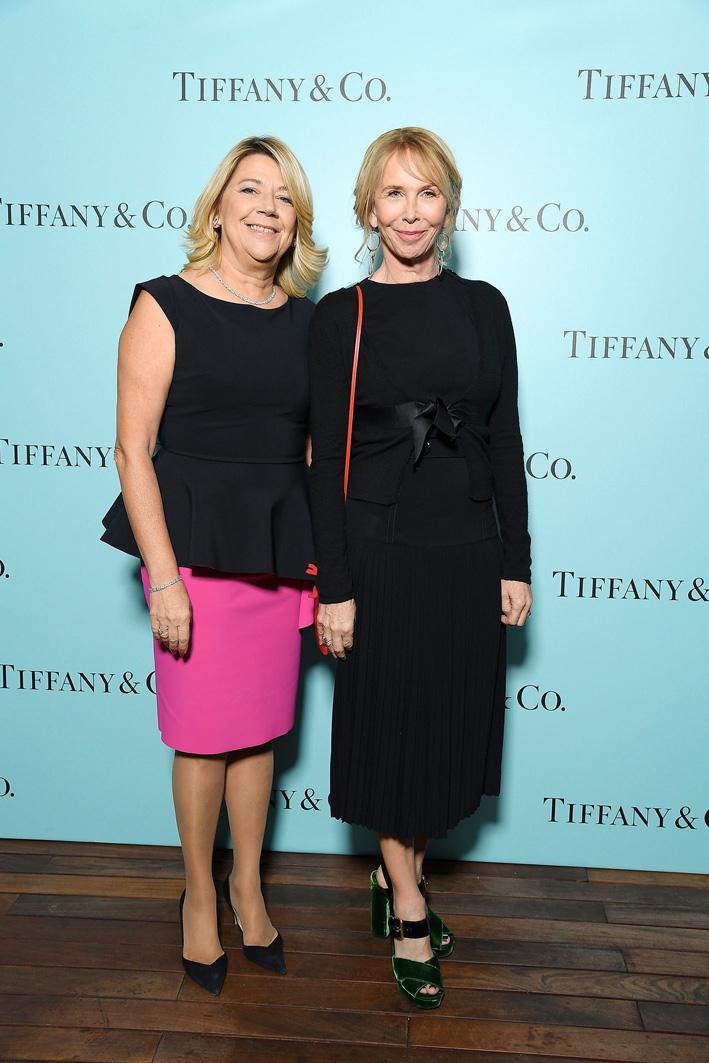 Raffaella Banchero (amministratore delegato di Tiffany & Co. Italia) con Trudie Styler