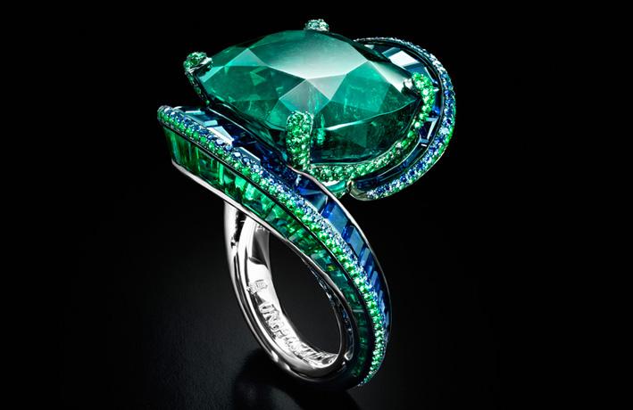 De Grisogono, anello con smeraldo e zaffiri