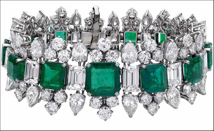 Bracciale di Bulgari con diamanti e smeraldi appartenuto a Liz Taylor
