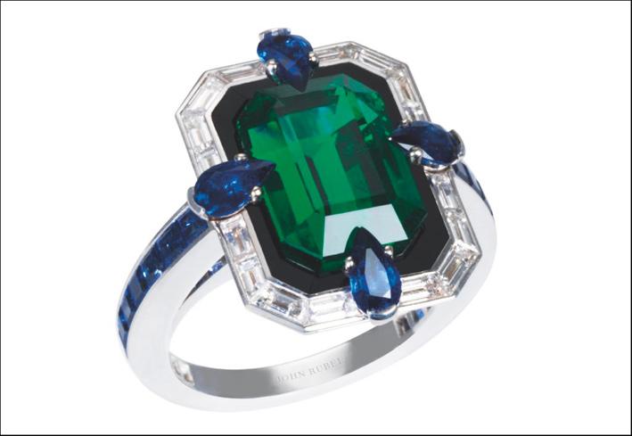 John Rubel, anello con oro bianco, smeraldo, zaffiri e diamanti