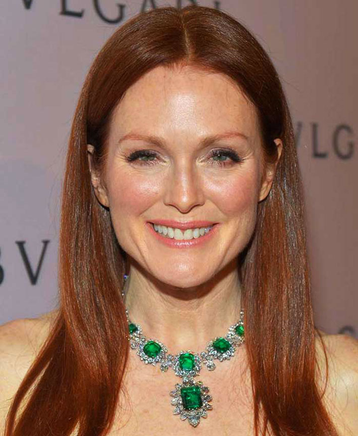 Julianne Moore con collana di Bulgari