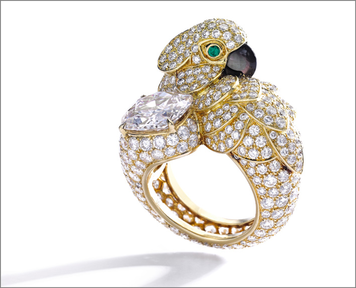 "Cartier, very light pink diamond, gem set and diamond ring, ""Parrot"""