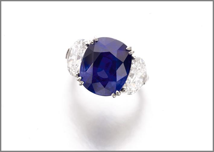 Fine sapphire and diamond ring