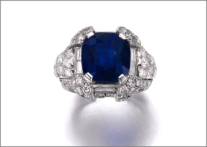 Superb sapphire and diamond ring, 1930s