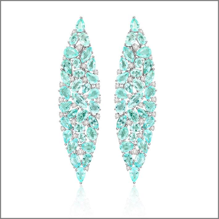 Orecchini con diamanti e tormalina paraiba, pezzo unico