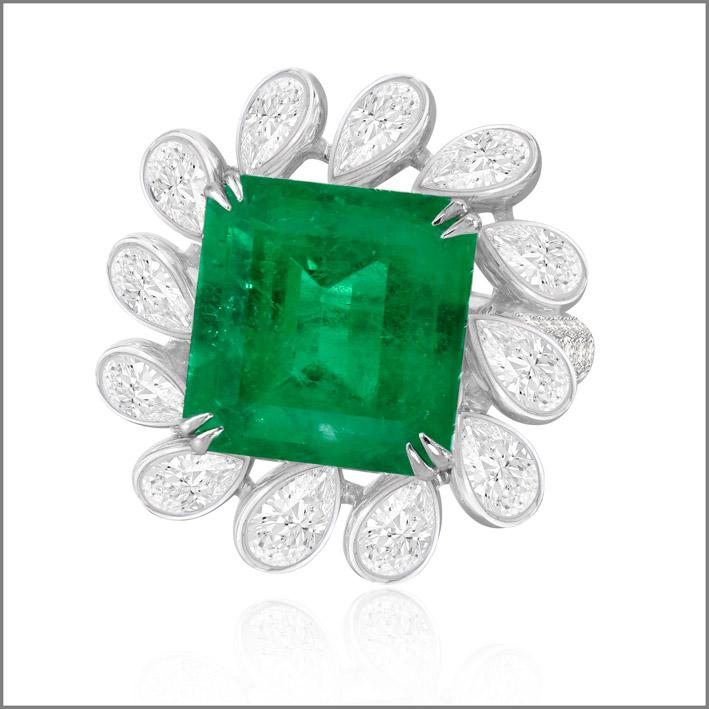 Anello con diamanti e smeraldo da 11 carati, pezzo unico