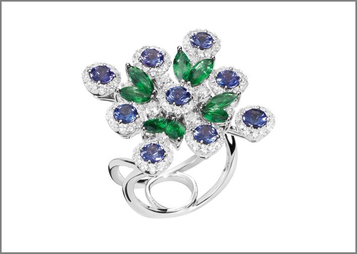 Anello della collezione Nexus, con diamanti, tsavoriti e tanzaniti