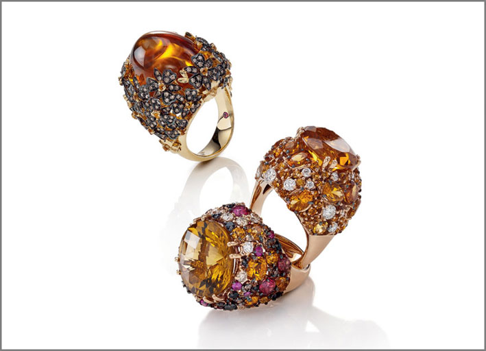 Ring in yellow and black gold with brown diamonds and citrine.