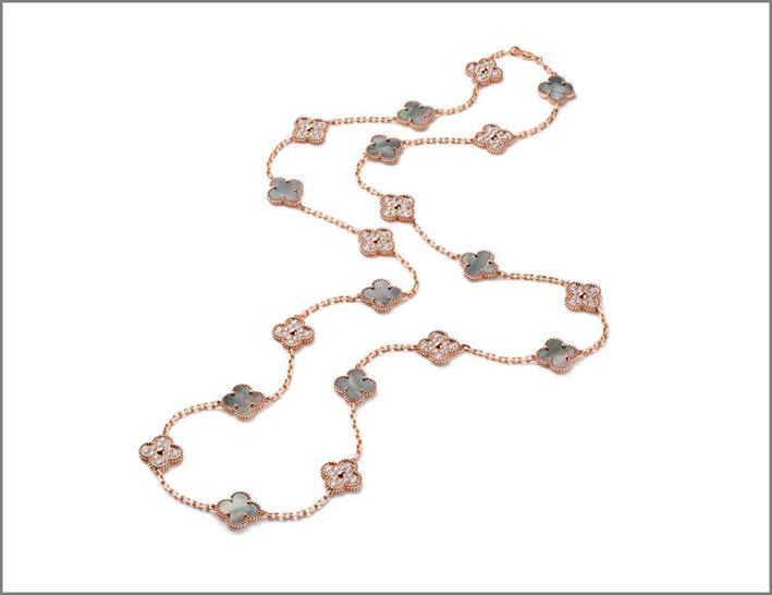 Sautoir Alhambra in oro rosa, diamanti e madreperla grigia