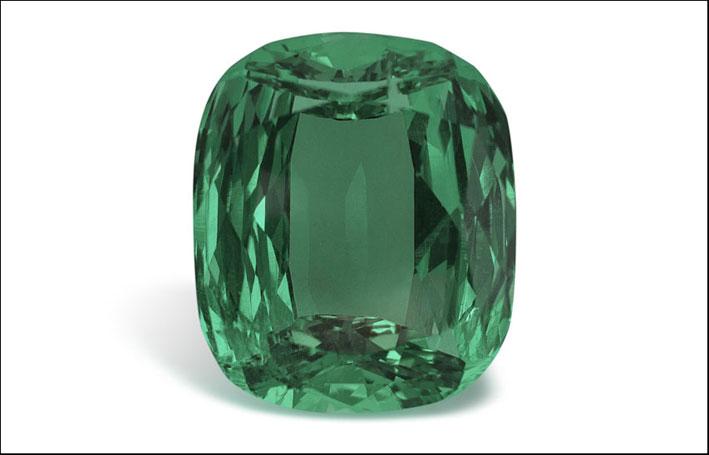 Smeraldo con taglio cuscino