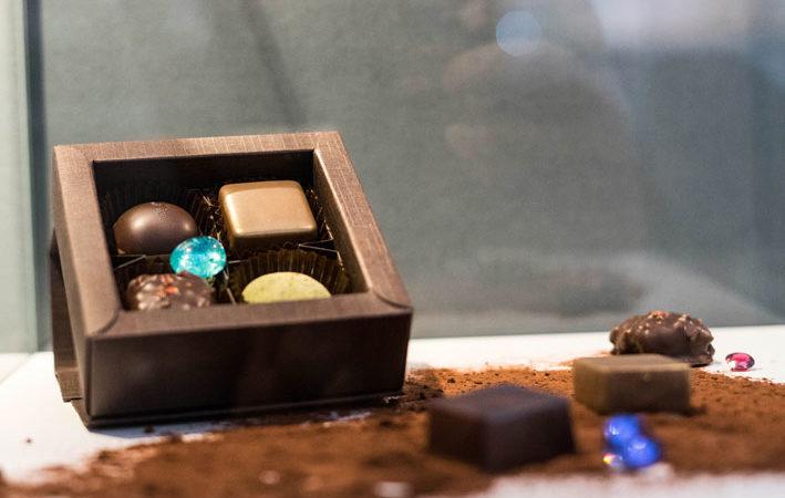 I cioccolatini abbinati alle gemme. Copyright: gioiellis.com