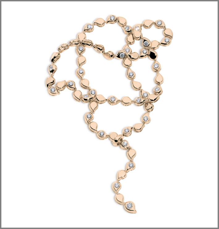 Collana in oro rosa e diamanti della collezione Snowflakes