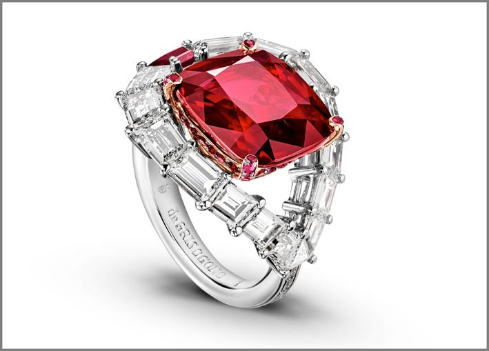 Alta gioielleria, anello con rubino e diamanti