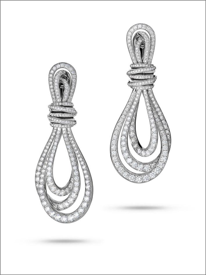 Orecchini in oro bianco e diamanti, Aleggra Classic