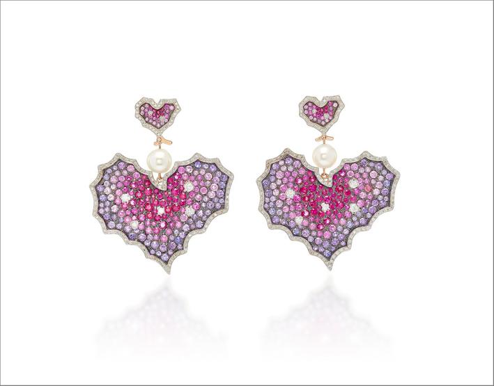 Orecchini in oro, diamanti, zaffiri rosa, rubini, zaffiri viola, perle